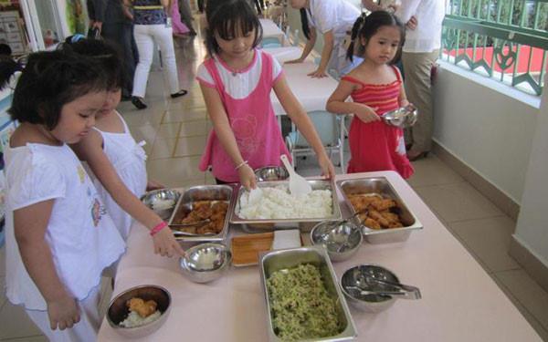 Suất Ăn Cho Trường Mầm Non